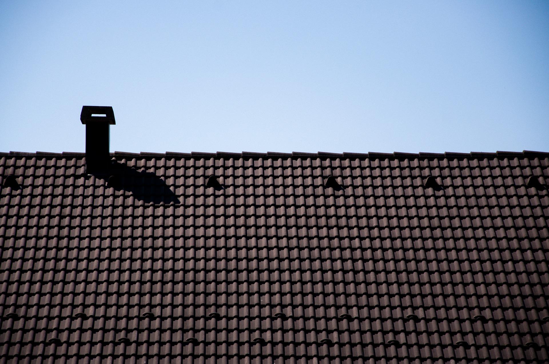 roof-5112517_1920.jpg